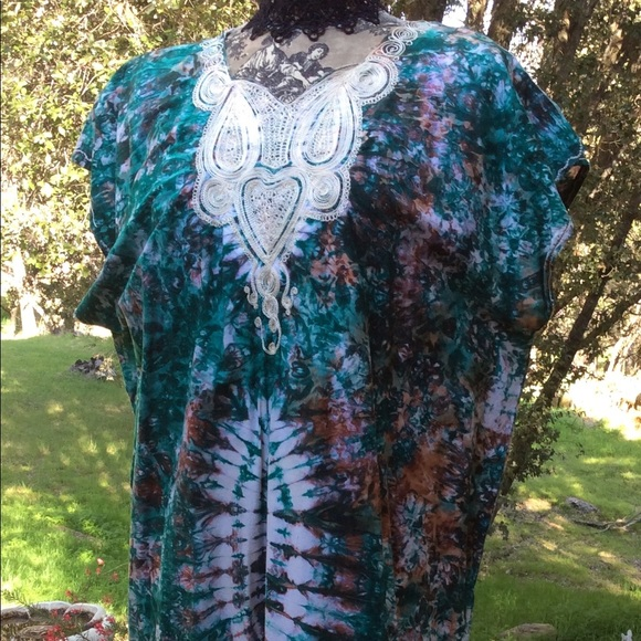 African Dresses & Skirts - African Abstract White Embroidery Dress Xl